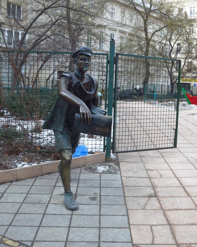 Statue of the Blikk-boy