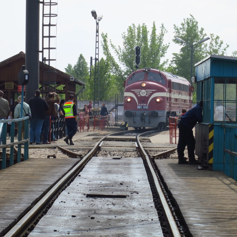 A historical MAV diesel engine is driving on the roundable